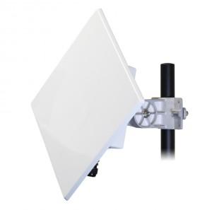 LongHaul ST from Carlson Wireless, outdoor mount