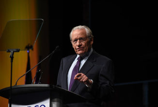 Bob Woodward Leads the Food For Thought Luncheon