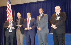 Mutualink, Intel and San Mateo Sheriff's Office receive the IJIS Institute Innovation Award at the Badge & Tech Benefit & Awards Dinner. Photo courtesy of the IJIS Institute.